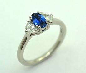 Classic Engagement Ring – Yogo Sapphire & Half Moons