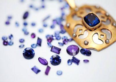 Huckleberry-Sapphires-Pure-Montana-and-VERY-rare