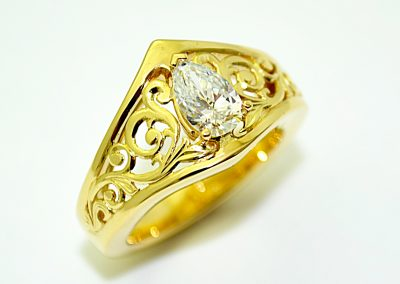 Custom diamond ring, engagement ring, filigree, 18k gold
