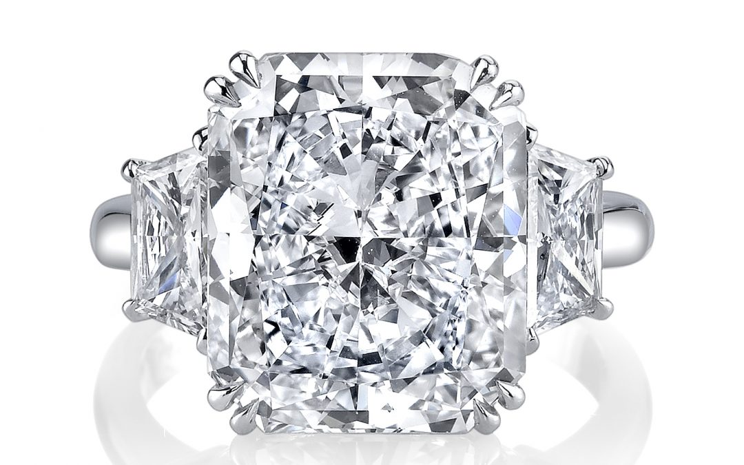 Why Purchase a Large Diamond Engagement Ring